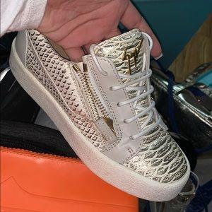 giuseppe zanotti croc sneakers